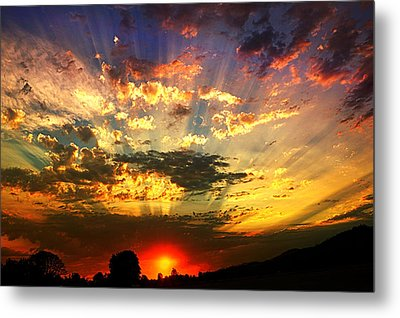 Oregon Crepuscular Sunset Metal Print