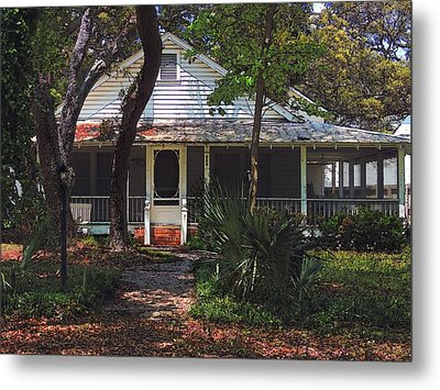 Metal Print featuring the photograph Original Beach Cottage # 625 by Laura Ragland