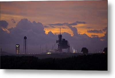 Orion Waiting For Daylight Metal Print