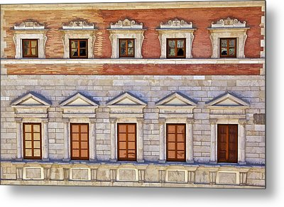 Ornate Carved Stone Windows Of A Government Building In Tuscany Metal Print by David Letts