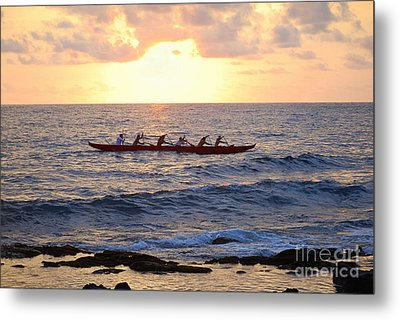 Outrigger Canoe At Sunset In Kailua Kona Metal Print