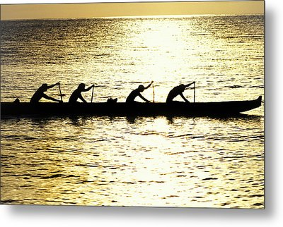 Outrigger Silhouettes Metal Print by Sean Davey