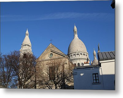 Outside The Basilica Of The Sacred Heart Of Paris - Sacre Coeur - Paris France - 01131 Metal Print by DC Photographer