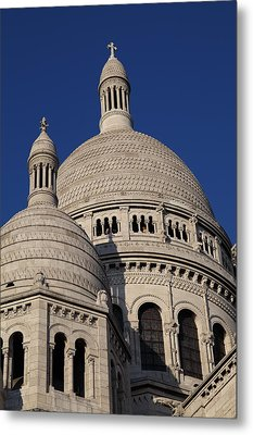 Outside The Basilica Of The Sacred Heart Of Paris - Sacre Coeur - Paris France - 01138 Metal Print by DC Photographer