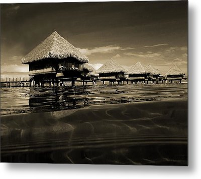 Overwater Bungalows  Metal Print by Zinvolle Art