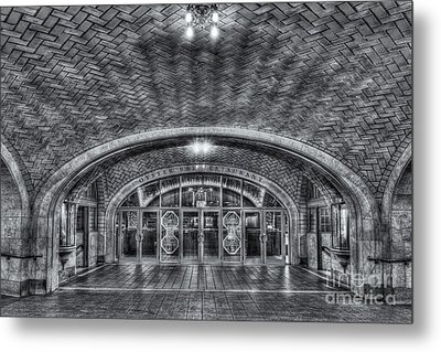 Oyster Bar Restaurant II Metal Print by Clarence Holmes