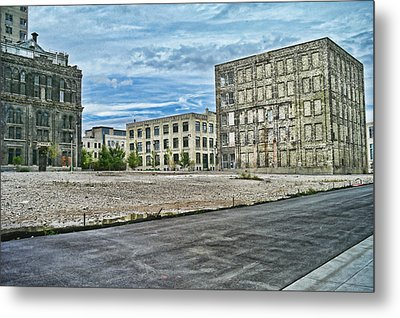 Pabst Brewery Abandonded Seen Better Days Pabst In Milwaukee Blue Ribbon Beer Metal Print by Lawrence Christopher