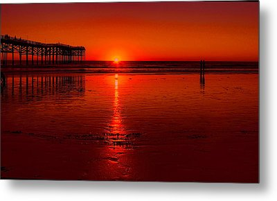 Pacific Beach Sunset Metal Print by Tammy Espino