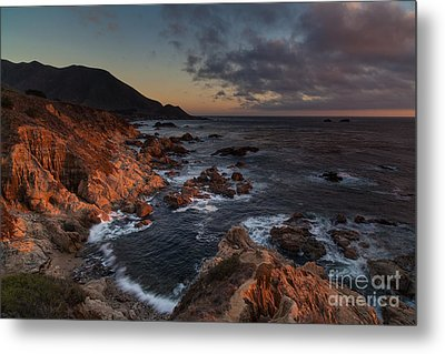 Pacific Coast Golden Light Metal Print by Mike Reid