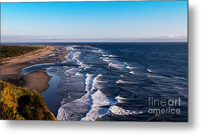 Pacific Ocean And The Columbia River Metal Print