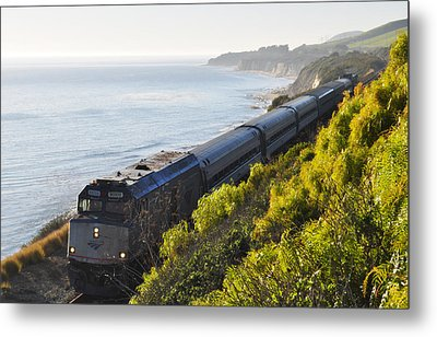 Pacific Surfliner Along The Central Coast Metal Print