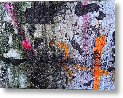 Paint And Rust 31 Metal Print by Jim Wright