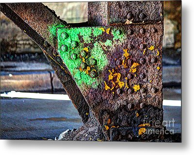 Paint And Rust 32 Metal Print by Jim Wright