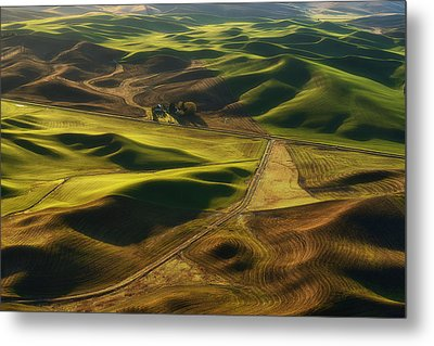 Palouse Homestead Metal Print by Ryan Manuel