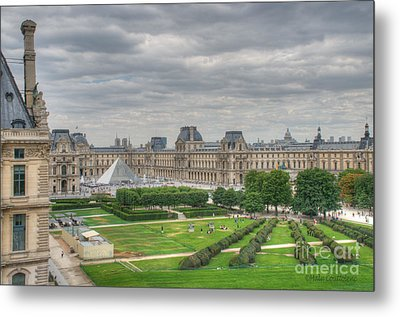 Panoramic View Musee Du Louvre Metal Print by Malu Couttolenc