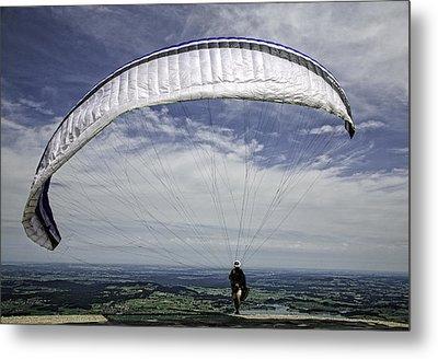 Paragliding  Metal Print by Joanna Madloch