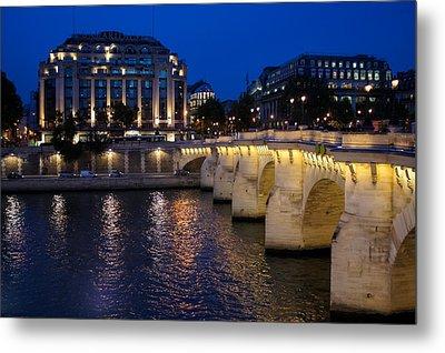 Paris Blue Hour - Pont Neuf Bridge And La Samaritaine Metal Print by Georgia Mizuleva