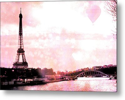 Paris Eiffel Tower Pink - Dreamy Pink Eiffel Tower With Hot Air Balloon Metal Print