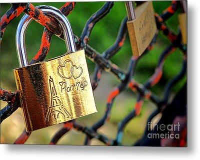 Paris Love Lock Metal Print