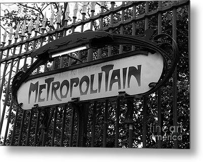 Paris Metropolitain Sign - Paris Metro Signs Black And White Photography - Paris Metro Sign On Gate Metal Print