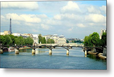 Metal Print featuring the photograph Paris On The Seine by Kay Gilley