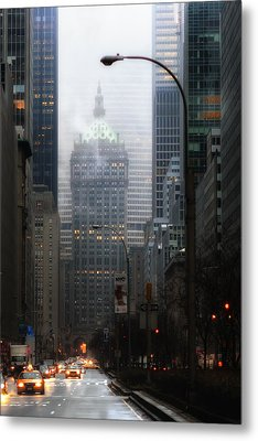 Park Avenue Dawn In Color Metal Print by Dave Beckerman