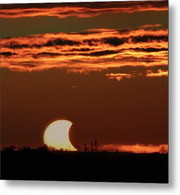 Pac-man Sun Metal Print by Richard Engelbrecht