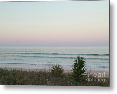 Pastel Moonrise Metal Print by Dodie Ulery