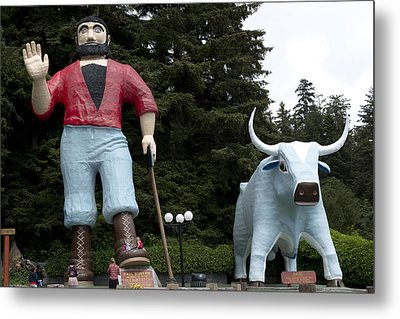 Paul Bunyan And His Blue Ox In Klamath Metal Print