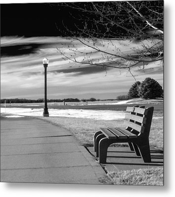 Pause Metal Print by Don Spenner