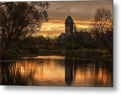 Pavilion Sunrise Metal Print by Stuart Deacon