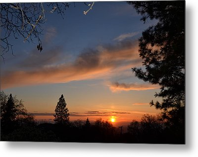 Peaceful Sunset Metal Print by Tom Mansfield