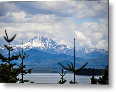 Metal Print featuring the photograph Peaking The Clouds by Jan Davies