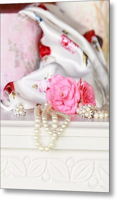 Pearls And Flowers Metal Print