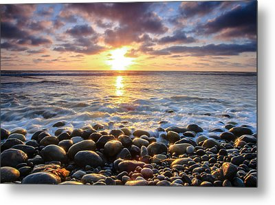 Metal Print featuring the photograph Pebble Beach by Robert  Aycock