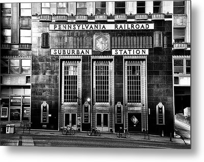 Pennsylvania Railroad Suburban Station In Black And White Metal Print by Bill Cannon