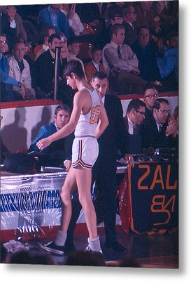 Pete Maravich Going To Sidelines Metal Print