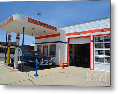 Metal Print featuring the photograph Pete's Gas Station by Utopia Concepts