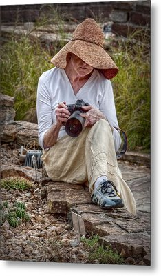 Photographer Metal Print by Linda Unger