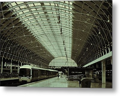 Piccadilly Station Metal Print