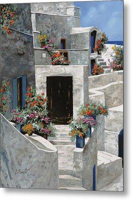 piccole case bianche di Grecia Metal Print by Guido Borelli