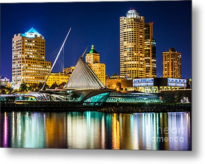 Picture Of Milwaukee Skyline At Night Metal Print