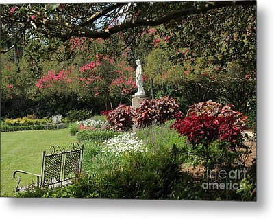 Picture Perfect Garden Metal Print by Theresa Willingham