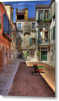 Metal Print featuring the photograph Picturesque Alley by Uri Baruch