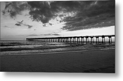 Pier In Black And White Metal Print by Sandy Keeton