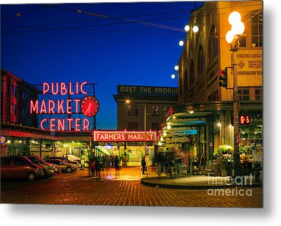 Pike Place Market Metal Print by Inge Johnsson