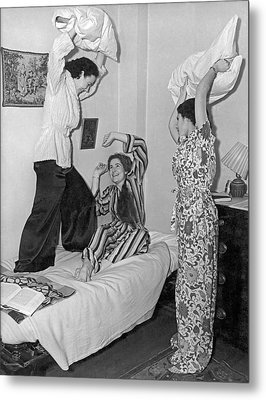 Pillow Fight At Columbia Metal Print by Underwood Archives