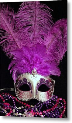 Pink And Silver Mardi Gras Mask Metal Print