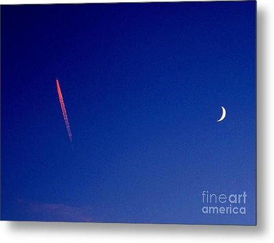 Pink Con Trail And Moon Metal Print