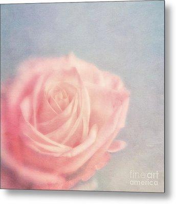 pink moments I Metal Print by Priska Wettstein